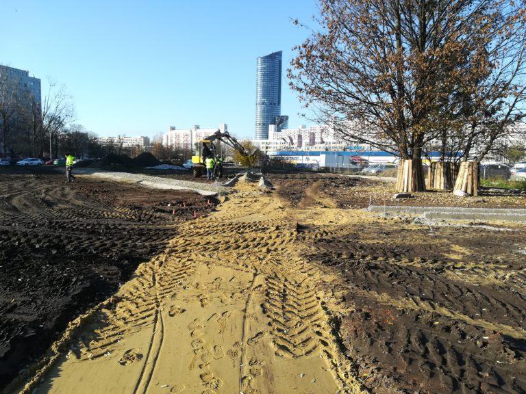 Rekultywacja terenu przy skrzyżowaniu ul. Sanockiej, Ślężnej i Studziennej